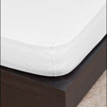 Fehér  ovis méretű gumis pamut lepedő