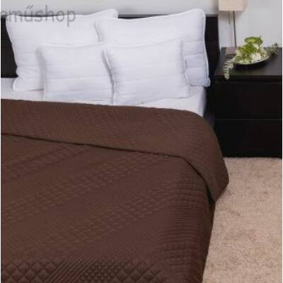 Barna kockás steppelt ágytakaró 235*250