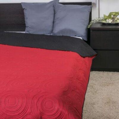 Piros fekete ágytakaró