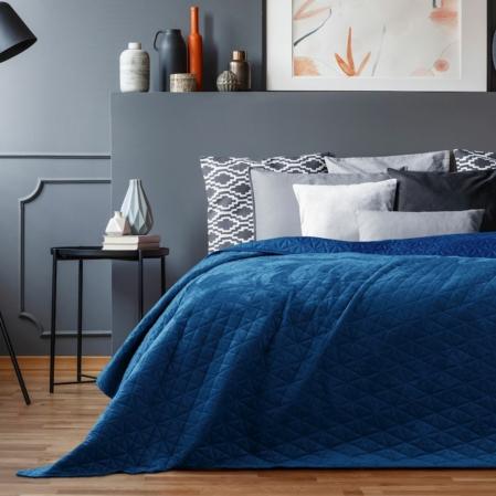királykék steppelt ágytakaró
