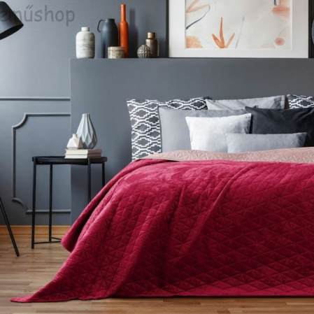 Rubinvörös kétoldalas steppelt ágytakaró