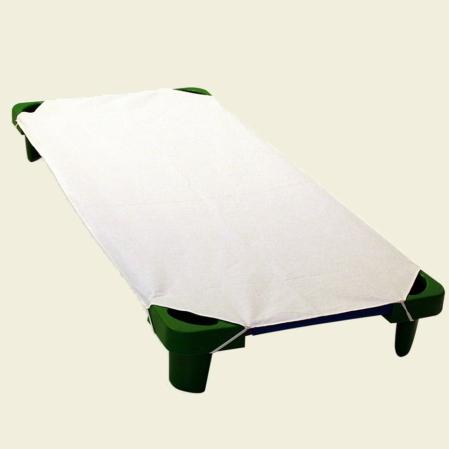 fehér pamut lepedő ovis ágyra