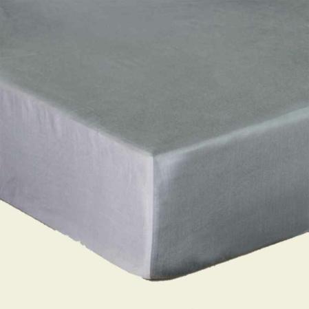 Platinaszürke pamutszatén gumis lepedő