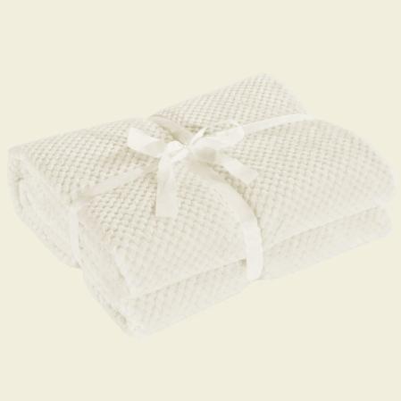 bezs-puha-egyszinu-pottyos-ovispled-70x150
