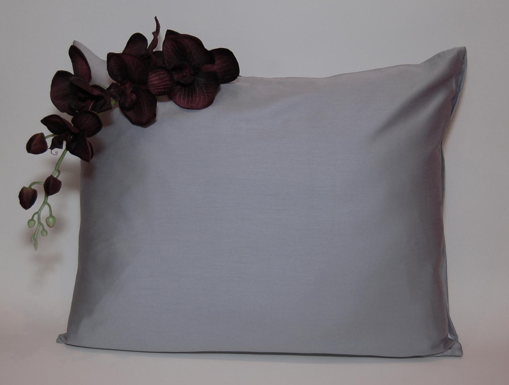 Ezüst színű mako-szatén kispárnahuzat - Ajándék nagyszülőknek b4b026e047